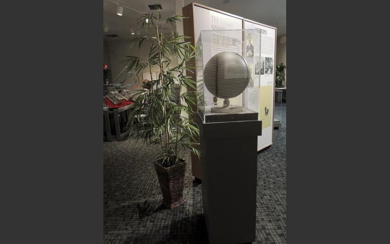 The most identifying characteristic of the G series of Clairtone stereos were the sound globes, unique both in shape and size, being considerably smaller than conventional rectangular speakers.