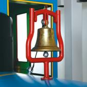 On the locomotive you can ring the bell, shift gears and more!